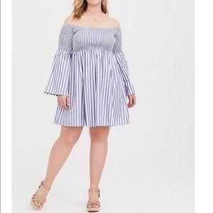Torrid White & Blue Bell Sleeve Dress NEVER WORN